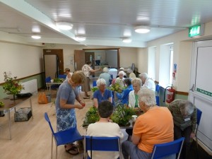 FLOWER ARRANGING LUNCH CLUB 11.07.14